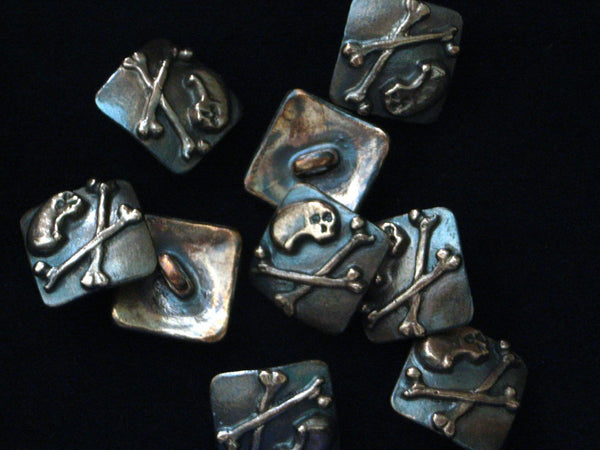 Skull & Crossbones Buttons in Copper - Batch of 4 | Handmade in Scotland – Jewellery by Callum Kilts