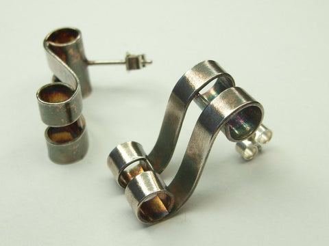 "Elegant ""Scroll"" Earrings in Fine Silver 