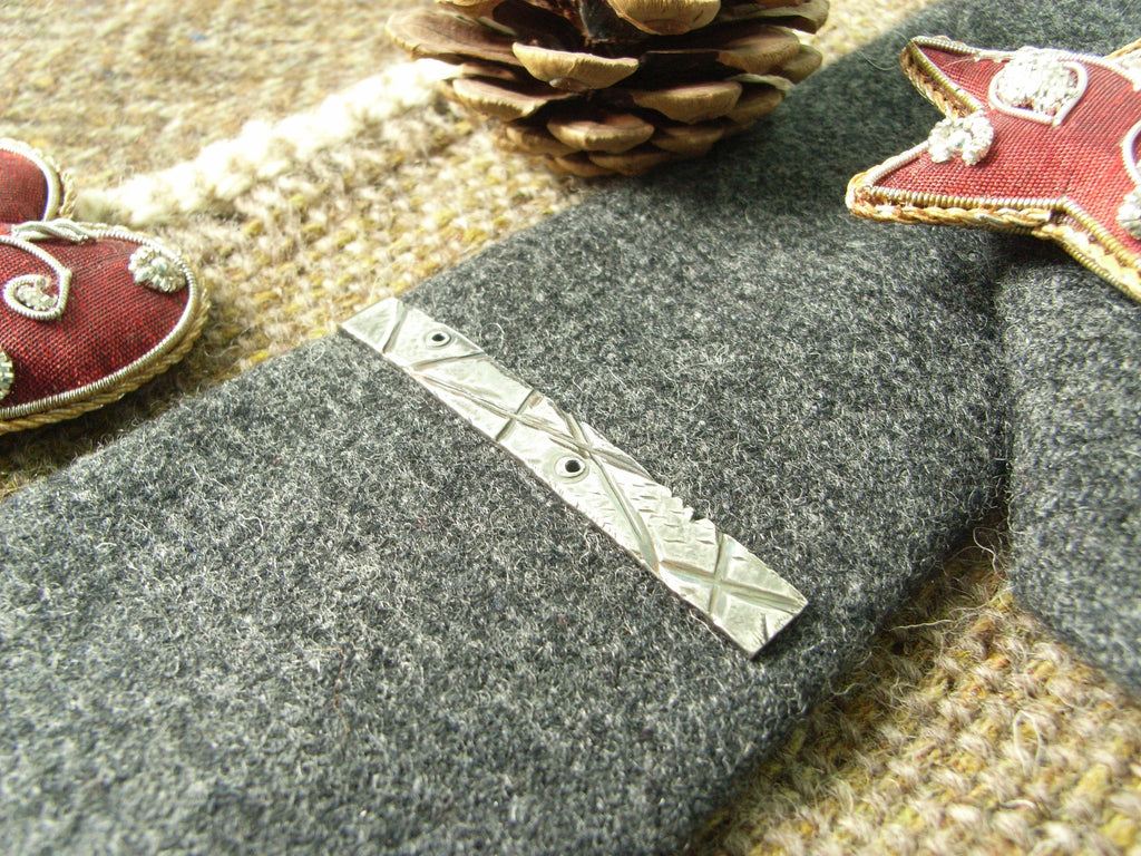 """Manly"" Silver Tie Bar"