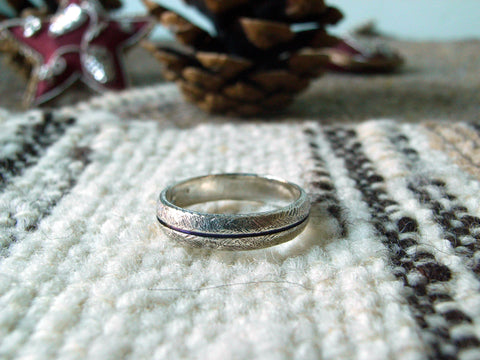 Textured Split-Barrel Silver Ring - Slim