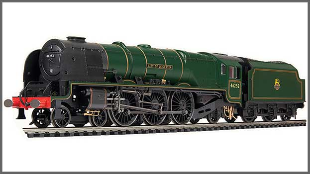 'Coronation' 46252 in BR green with early emblem (R3918)