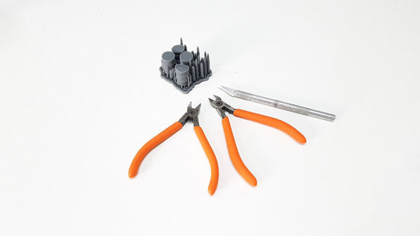 3D Printing example - trimming supports with nippers and hobby knives