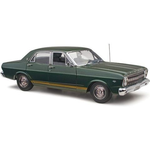 CLASSIC CARLECTABLES 1/18 Ford XR GT Falcon IVY Green