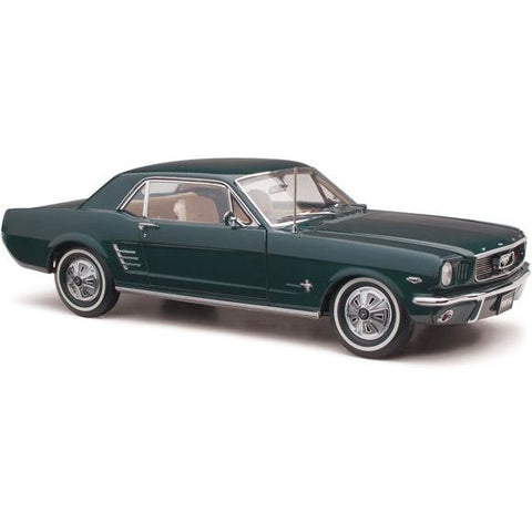 CLASSIC CARLECTABLES 1/18 1966 Pony Mustang Nightmist Blue