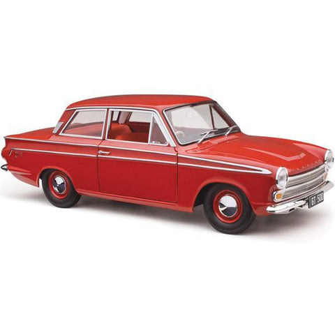 CLASSIC CARLECTABLES 1:18 Ford Cortina GT-500 Red Satin