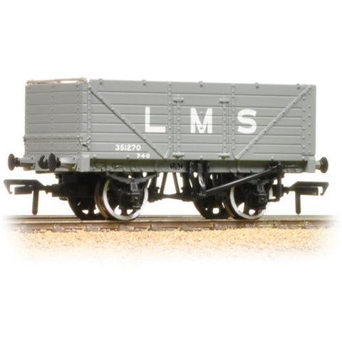 BRANCHLINE OO 7 Plank End Door Wagon LMS Grey