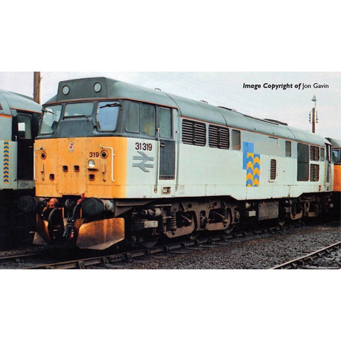 GRAHAM FARISH Class 31/1 (Refurbished) 31319 Railfreight Petroleum - Hearns Hobbies Melbourne - GRAHAM FARISH