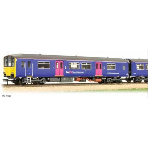 GRAHAM FARISH Class 150/1 150128 First Great Western : B-16June - Hearns Hobbies Melbourne - GRAHAM FARISH