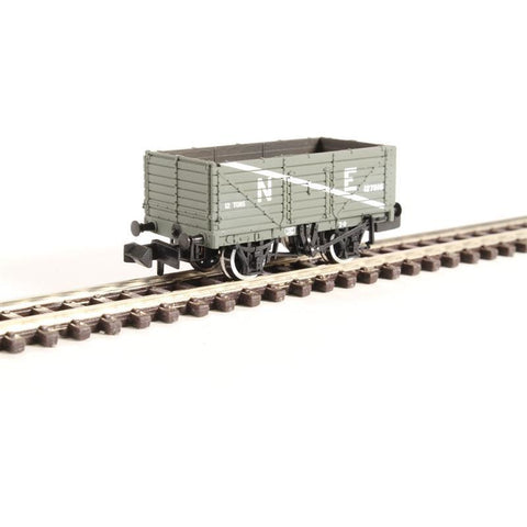 Image of GRAHAM FARISH N  Plank Wagon End Door NE Grey