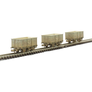 GRAHAM FARISH Triple Pack Steel Tippler Wagons BR Grey 'Iron Ore'Weathered