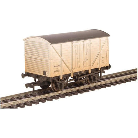 BRANCHLINE 10 Ton BR Insulated Van White Weathered