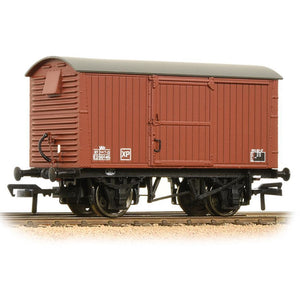 BRANCHLINE 12 Ton Ventilated Van Corrugated Ends BR Bauxite (Late) (38-381A)