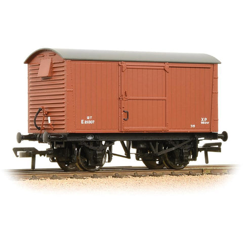BRANCHLINE 12 Ton Ventilated Fruit Van Corrugated Ends BR Bauxite (Early) (38-382)