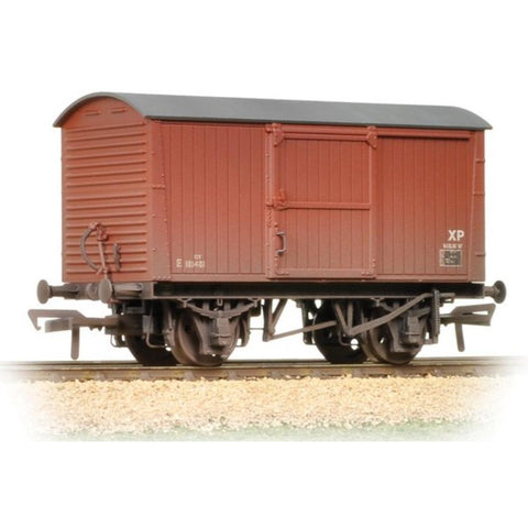 BRANCHLINE 12 Ton Non-ventilated Van BR Bauxite (Late) Weathered