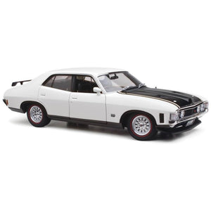 CLASSIC CARLECTABLES Ford XA Falcon 1:18 Polar White (43-18615) - Hearns Hobbies Melbourne - CLASSIC CARLECTABLES