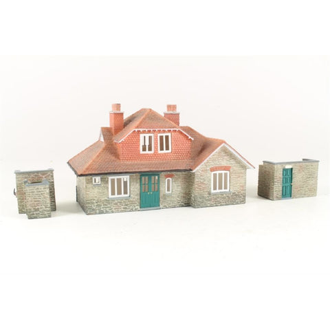 BRANCHLINE OO Narrow Gauge Station (3 Building Set)