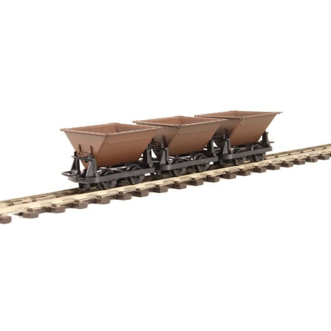 PECO OO9 Side Tipping Wagons (3) (66-GR330)