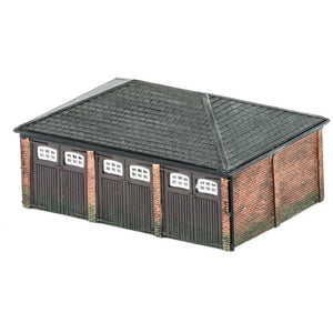 HORNBY OO TRIPLE GARAGE