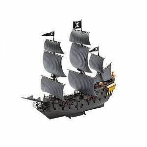 REVELL 1/150 Pirate Ship Black Pearl