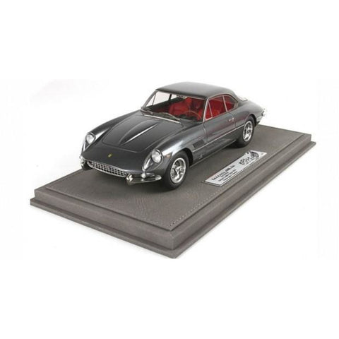 Image of BBR 1/18 Ferrari 400 Superamerica S/N 4279 SA with Case