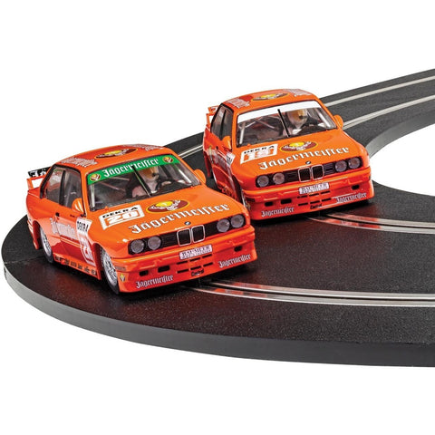 SCALEXTRIC 1:32 BMW E30 M3 - Team Jagermeister Twin Pack