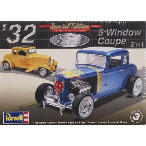 REVELL 1/25 '32 Ford 5 Window Coupe 2 'n1