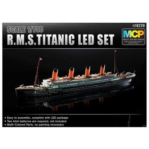 ACADEMY 1/700 R.M.S. Titanic + LED Set MCP