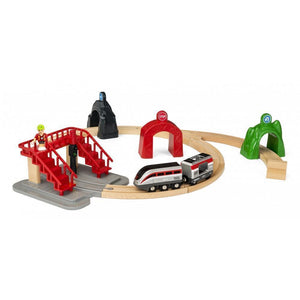 BRIO - Smart Engine Set with Action Tunnels (B33873)