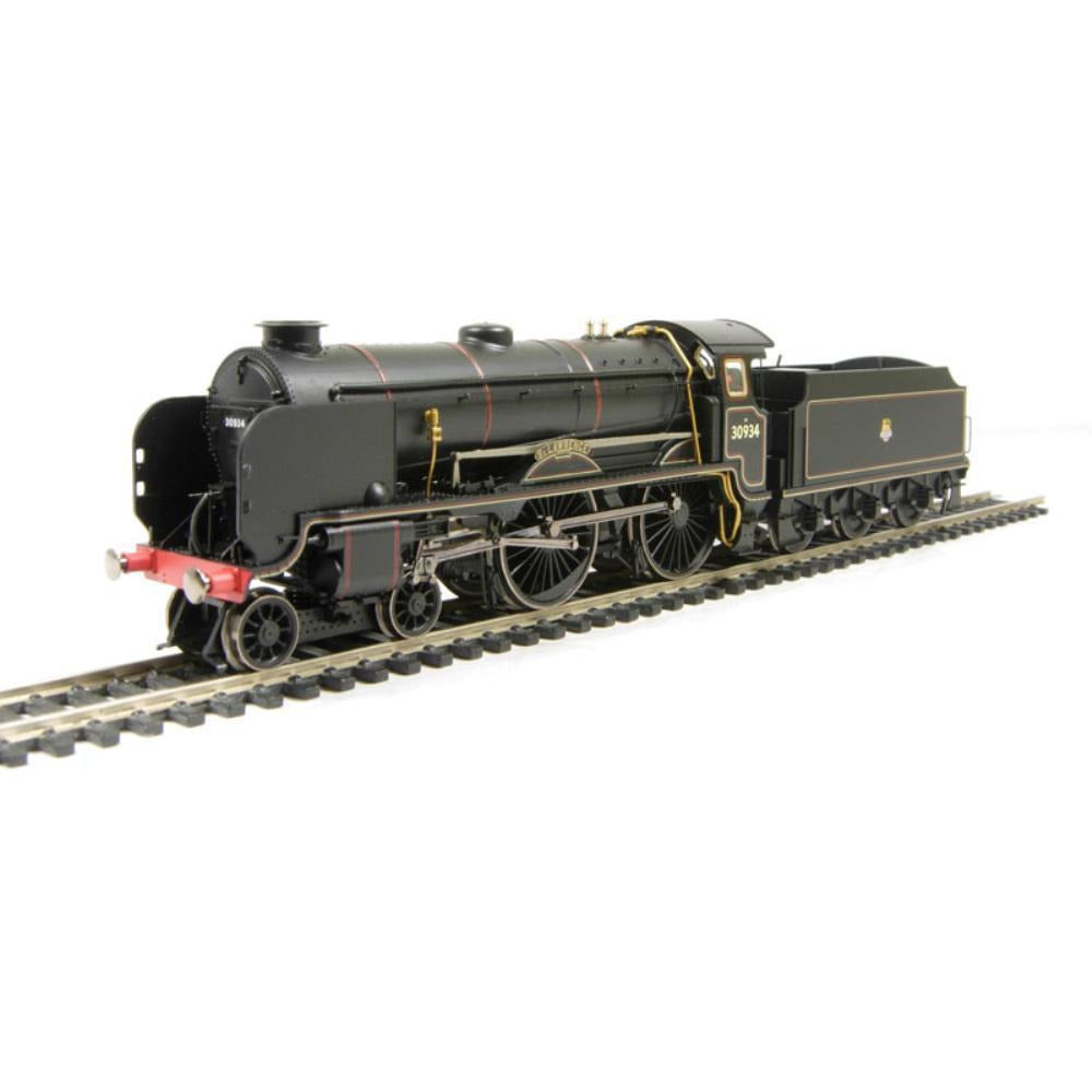 "HORNBY Schools class 4-4-0 30934 ""St. Lawrence"" & tender in BR black with early emblem - Hearns Hobbies Melbourne - HORNBY"