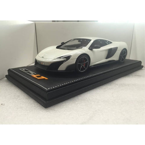 TECNOMODEL 1:18 Mclaren 675 LT Pearl white alcantara and re