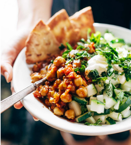 Detox Moroccan-Spiced Chickpea Glow Bowl © Pinch of Yum