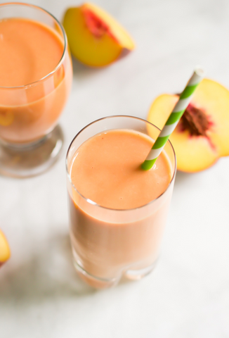 Peach Carrot Smoothie Recipe by Primavera Kitchen