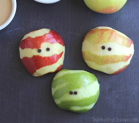 Apple Mummies – A Healthy Halloween Treat! by Two Healthy Kitchens