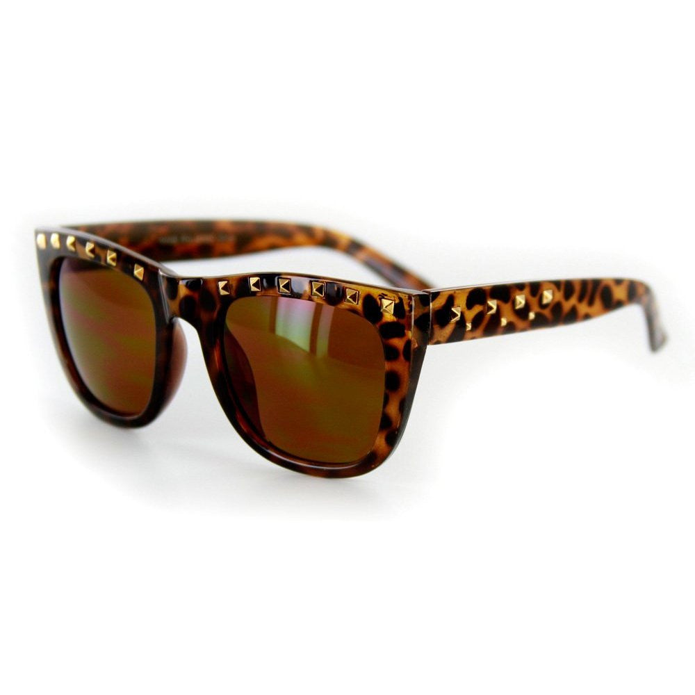 """Stage One"" Vintage-Inspired Wayfarer Sunglasses with Studs - 100% UV - Aloha Eyes - 3"
