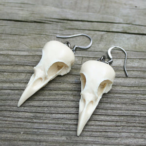 mini magpie earrings - bone white