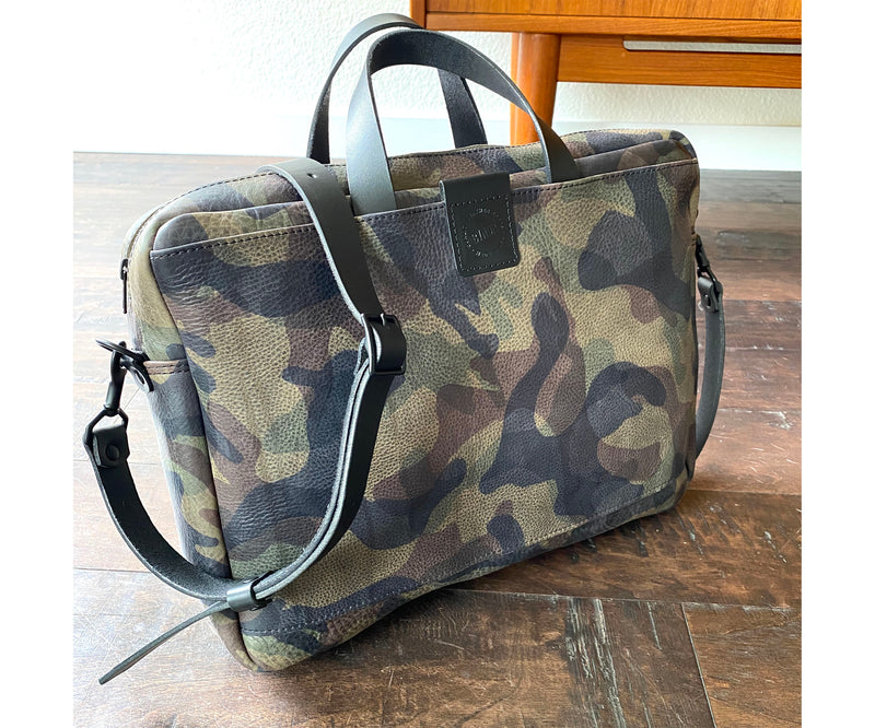 BYNDR CAMO Laptop Messenger bag - BYNDR LEATHER GOODS