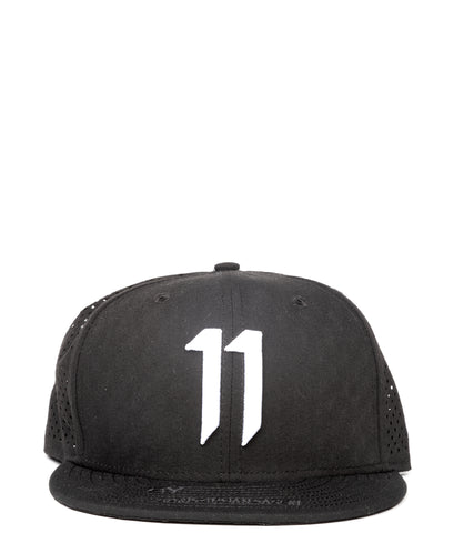 BLACK AND WHITE NEW ERA EDITION LOGO CAP