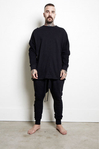 Knomadik - Hero Sweat II - Black - COMMON