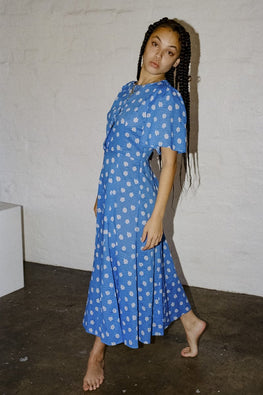 PERMANENT VACATION 'Lykke' Floral Maxi Dress – Blue - THENINETYNINE