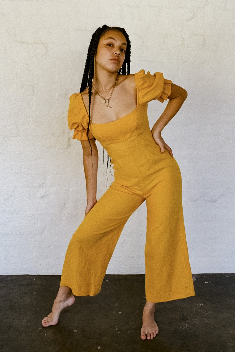 SISTER 'Ruby' Linen Jumpsuit – Yellow - THENINETYNINE