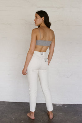 NEUW Lola Mom Tapered Jeans – Lune White - THENINETYNINE