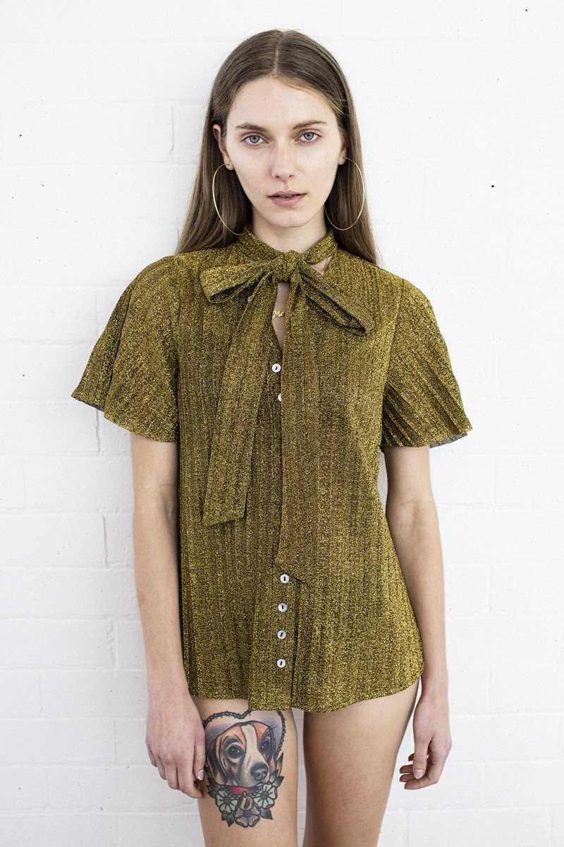 LENNI 'Mars' Blouse Top – Gold Pleat