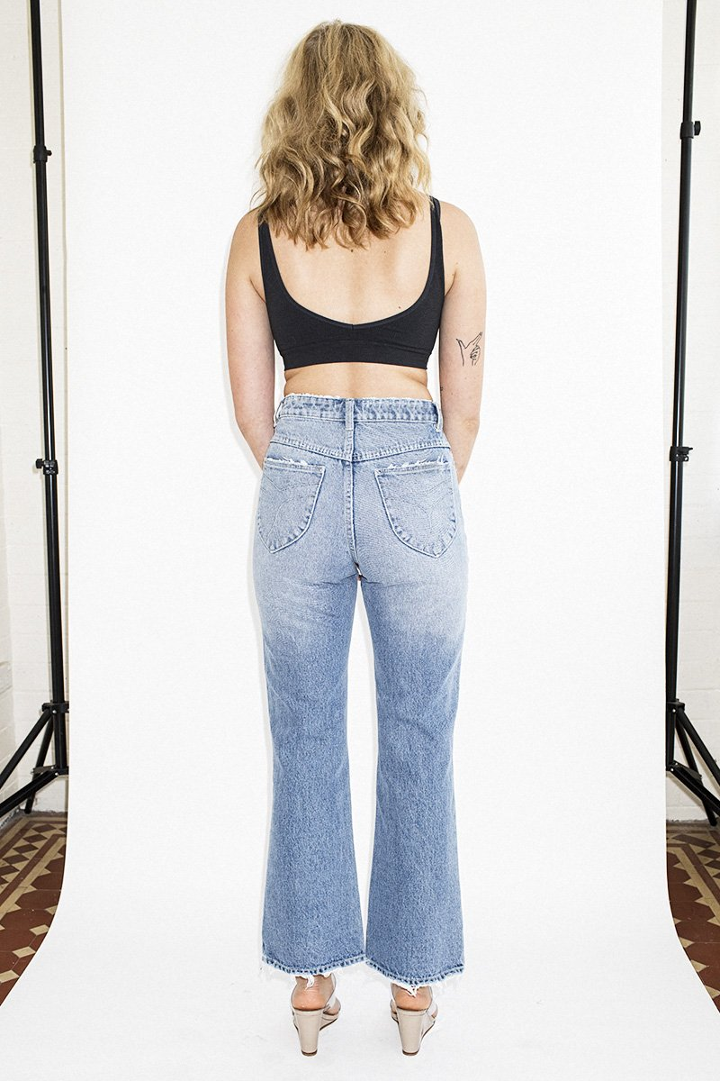 ROLLA'S Eastcoast Crop Flare Jeans – 90's Blue - THENINETYNINE