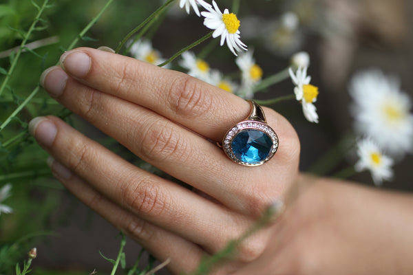 Amelia-blue-ring-Pzella-Accessories-