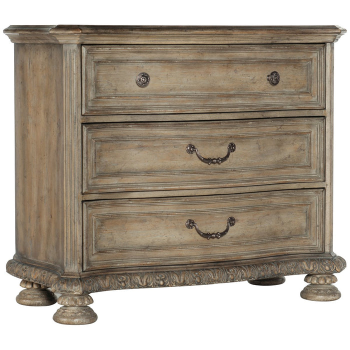 Hooker Furniture Castella Bachelors Chest