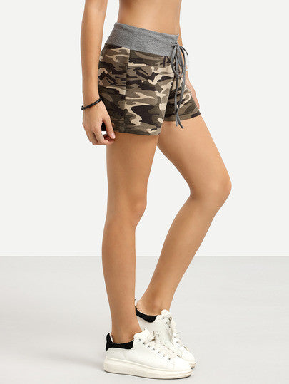 Camouflage Tie Waist Casual Shorts