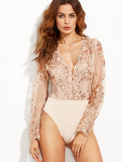 Scalloped V Neck Sequins Embroidered Long Sleeve Gold Bodysuit - The Style Syndrome  - 1
