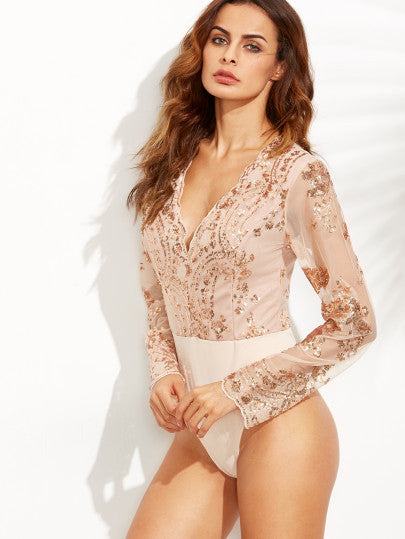 Scalloped V Neck Sequins Embroidered Long Sleeve Gold Bodysuit - The Style Syndrome  - 2