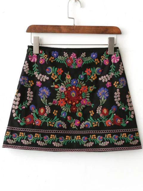 RZX Black Floral Embroidery Mini Skirt
