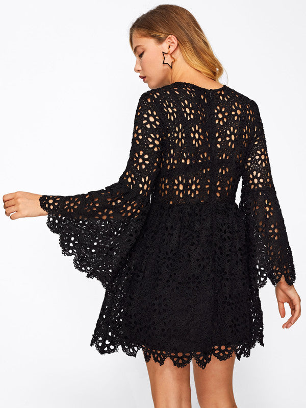 RZX Trumpet Sleeve Hollow Out Guipure Lace Dress
